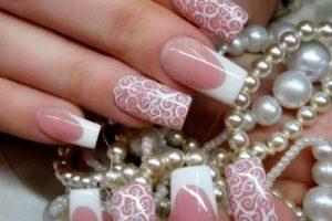 diseños de uñas para novias