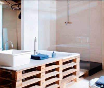 muebles con palets de madera para baños