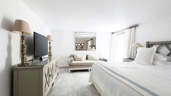 habitacion hotel cheval blanc, hotel de lujo, hotel de playa barato