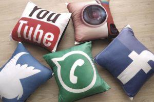 cojines decorativos redes sociales