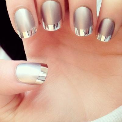 decoracion de uñas para novia metalizadas