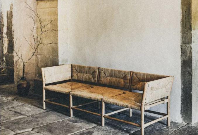 sofa de madera mimbre